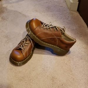 Dr. Martens tan shoes
